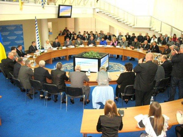 Чернобыльцам Днепропетровщины выделили 15 млн гривен (ФОТО), фото-1