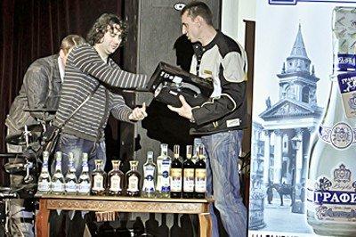 В Луганске презентовали новинки от крымских производителей (фото), фото-7