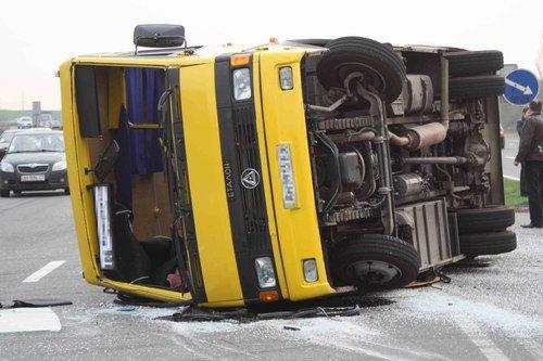 На трассе Горловка-Донецк грузовик снес автобус. 12 человек травмированы (Фото), фото-4