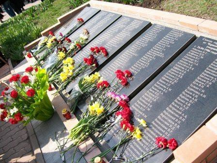Горловчане почтили память погибших на ЧАЭС, фото-6