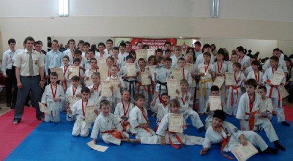 В Симеизе в третий раз состоялся ежегодный дружеский турнир ЮБК по Киокушин карате, фото-1
