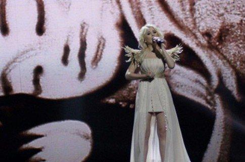 Крымская художница помогла Мике Ньютон выйти в финал «Евровидения» (фото), фото-1