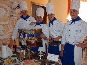 У Луцьку студенти змагалися у випіканні млинців (ФОТО), фото-2