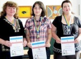Две медали симферопольских вейчисток (фото), фото-1