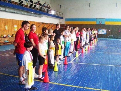 В Луцьку пройшли обласні змагання «Тато, мама, я – спортивна сім'я» серед правоохоронців (ФОТО), фото-1