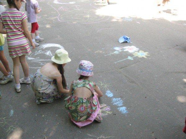 В парке Горького дети «взорвали» асфальт (ФОТО), фото-3