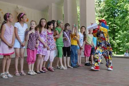 В Івано-Франківську розпочався літературний фестиваль для дітей «Дивокрай» (Фото), фото-1