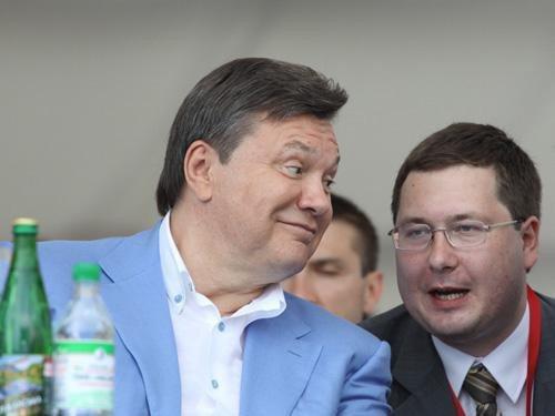 В Ялте на ралли VIP-ы пили, улыбались и демонстрировали жен (ФОТО), фото-1