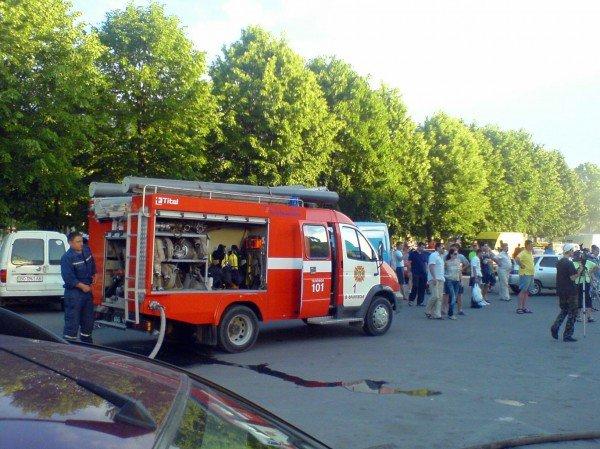 В Івано-Франківську біля супермаркету загорівся автомобіль (ФОТО), фото-4