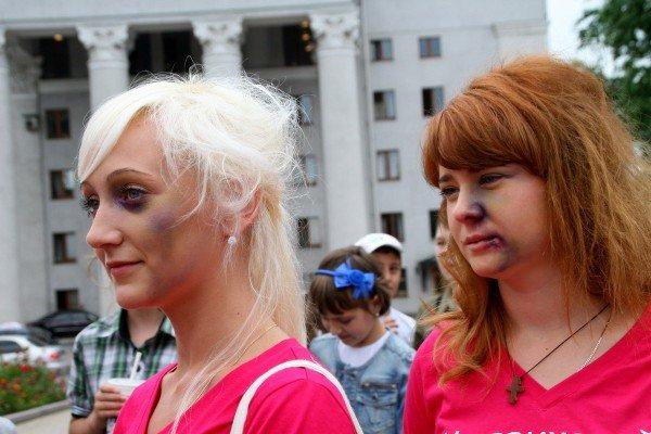 В Донецке открыли очень своеобразный «Памятник человечности» (фото), фото-2