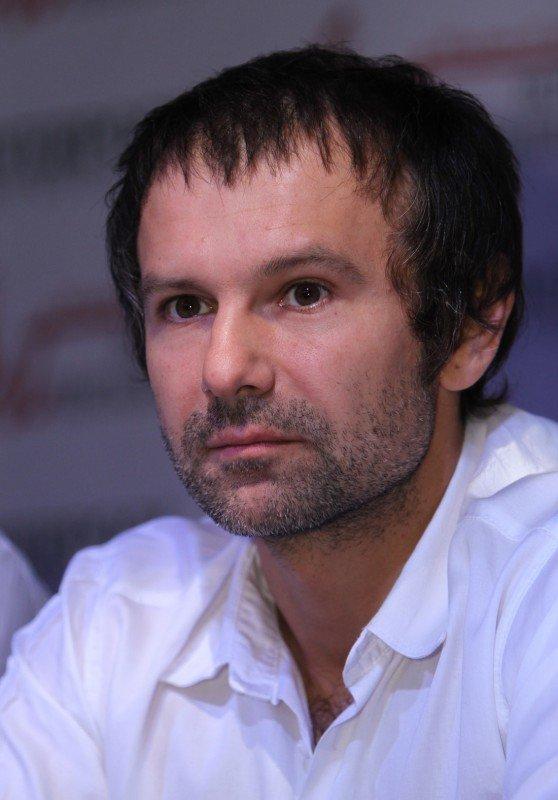 Святослав Вакарчук: Я ездил в Стамбул со своими друзьями из Донецка, когда «Шахтер» взял Кубок (фото), фото-2
