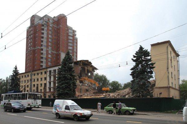 Александр Лукьянченко считает законным снос Януковичем гостиницы в центре Донецка (фото того, что осталось от «Дружбы»), фото-8