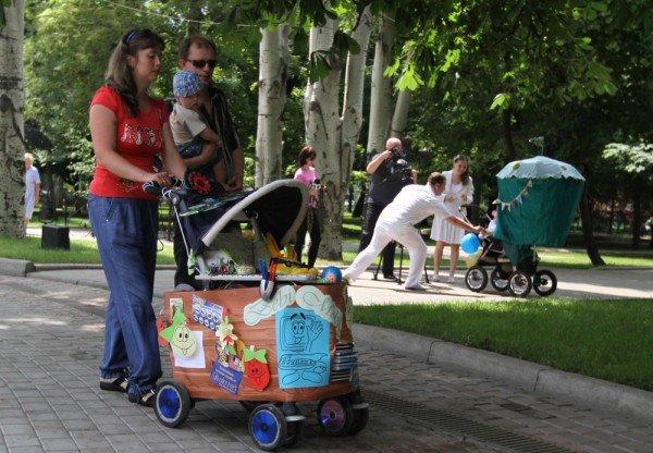 В Донецке прошел, первый в истории города, парад детских колясок (фото), фото-4