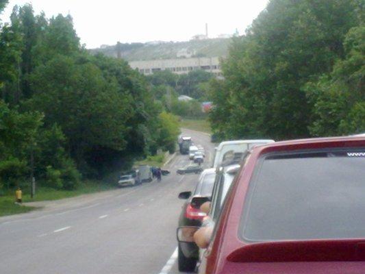 ДТП в Симферополе: столкнулись иномарка и Жигули (фото), фото-1