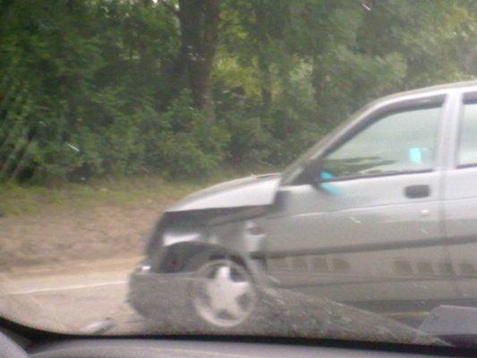 ДТП в Симферополе: столкнулись иномарка и Жигули (фото), фото-3