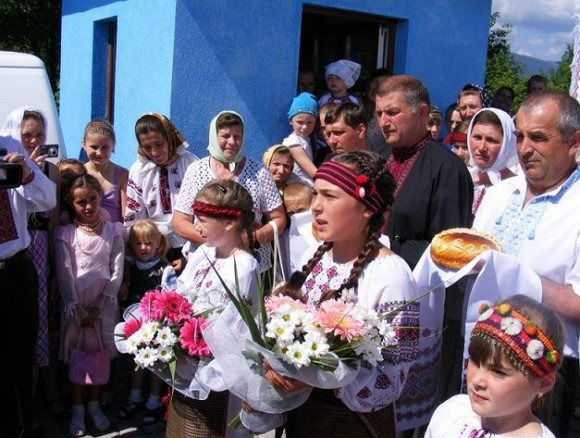 У закарпатській Чорній Тисі святкували 120-річчя Свято-Успенської церкви (ФОТО), фото-3