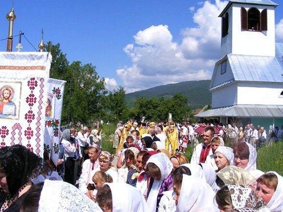 У закарпатській Чорній Тисі святкували 120-річчя Свято-Успенської церкви (ФОТО), фото-4
