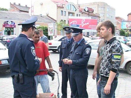 В Ужгороді студенти допомагають міліції знайти хуліганів і самогонників (ФОТО), фото-3