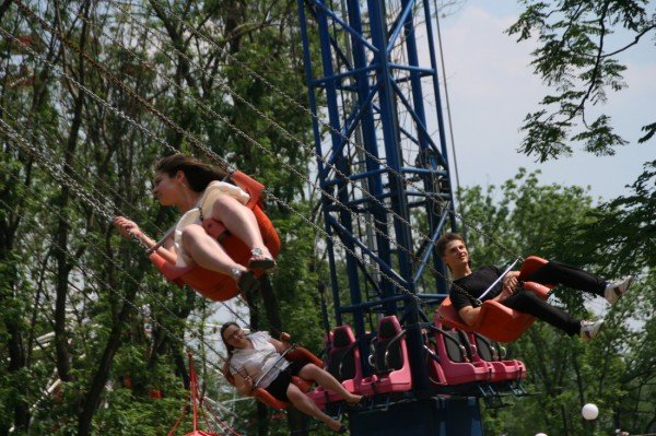 Щедрость компании Ахметова в парке Щербакова закончилась ровно в 8 вечера (фото), фото-7