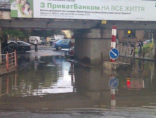 В Ужгороді продовжують тонути автомобілі (ФОТО), фото-5