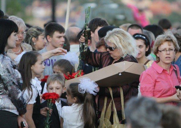 В Донецке звезды Малого театра приняли участие в митинге-реквиеме, посвященном 70-летию со дня начала войны (фото), фото-2