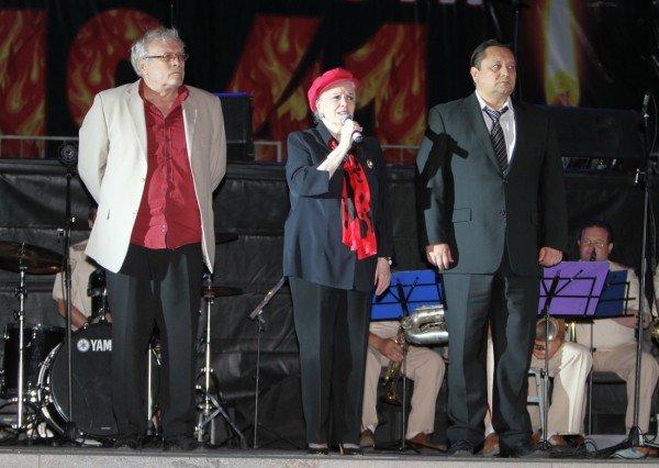 В Донецке звезды Малого театра приняли участие в митинге-реквиеме, посвященном 70-летию со дня начала войны (фото), фото-8