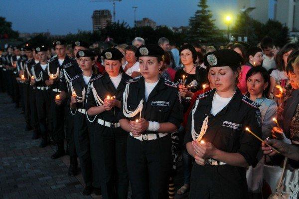 В Донецке звезды Малого театра приняли участие в митинге-реквиеме, посвященном 70-летию со дня начала войны (фото), фото-9