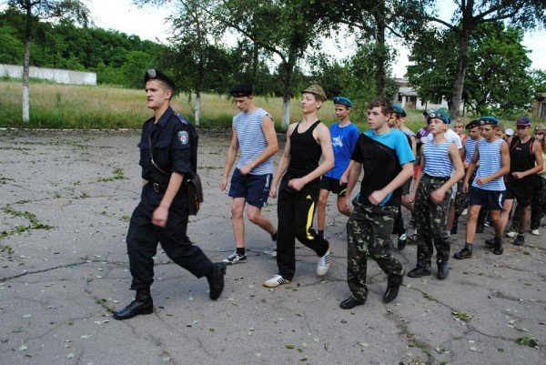 В военно-спортивном лагере под Донецком дети будут проходить парашютно-десантную подготовку (фото), фото-3