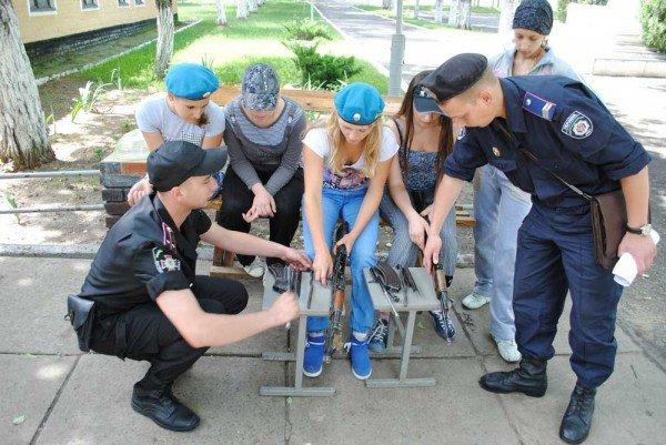 В военно-спортивном лагере под Донецком дети будут проходить парашютно-десантную подготовку (фото), фото-2