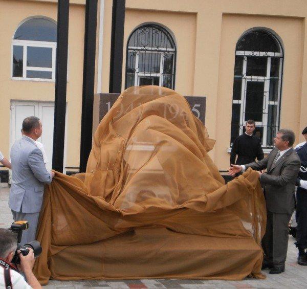 Открыт памятник офицерам-штрафникам, погибшим в боях за Кривой Рог (ФОТОРЕПОРТАЖ), фото-5
