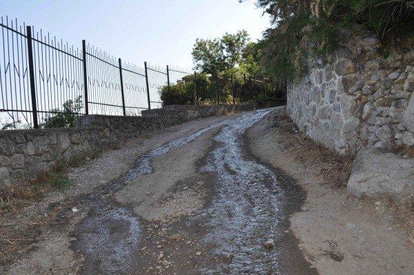В Алупке канализационные стоки льются прямо в море (ФОТО), фото-4