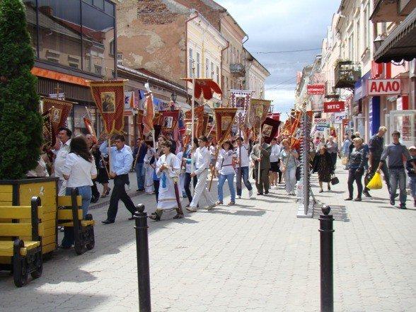 В Ужгороді відбувся хресний хід (ФОТО), фото-2