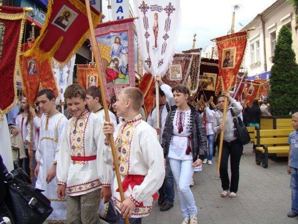 В Ужгороді відбувся хресний хід (ФОТО), фото-3