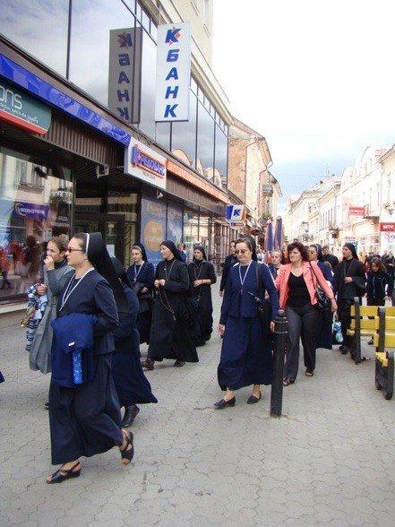 В Ужгороді відбувся хресний хід (ФОТО), фото-6