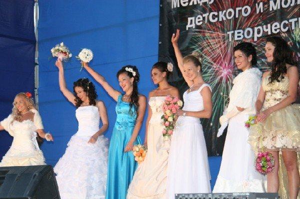 В Алуште прошел парад невест (ФОТО), фото-5