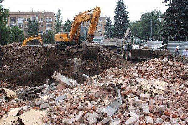 В компании Януковича заявляют, что еще сами не знают, что будут строить на месте бывшей гостиницы «Дружба» (фото), фото-1