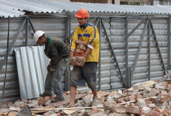 В компании Януковича заявляют, что еще сами не знают, что будут строить на месте бывшей гостиницы «Дружба» (фото), фото-5