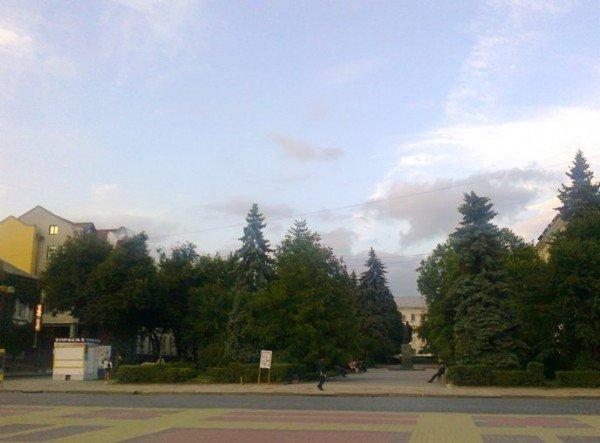 Ах, Тернополе! Спереду - стрій, а ззаду - хоч з лопатою стій..., фото-2