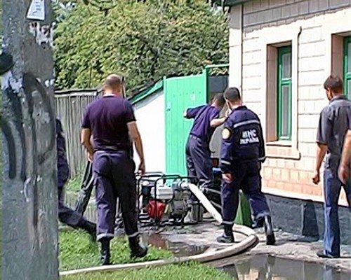 Луганские МЧСники спасали камброд от затопления (фото), фото-2