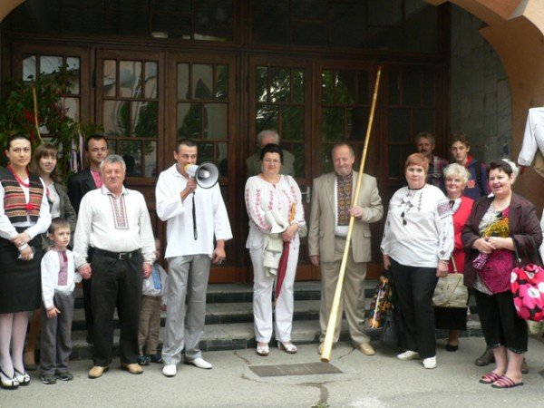 В Ужгороді вишиванками і звуками трембіти розпочалася «Купальська містерія» (ФОТО), фото-1