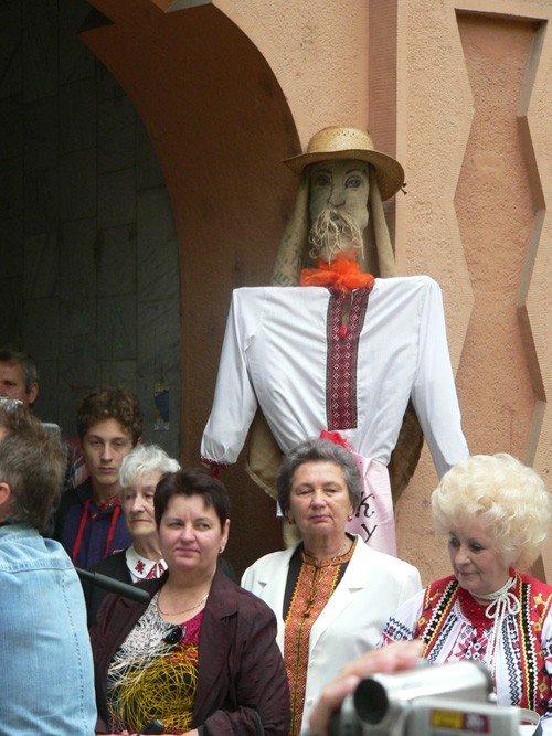 В Ужгороді вишиванками і звуками трембіти розпочалася «Купальська містерія» (ФОТО), фото-2