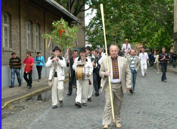 В Ужгороді вишиванками і звуками трембіти розпочалася «Купальська містерія» (ФОТО), фото-3