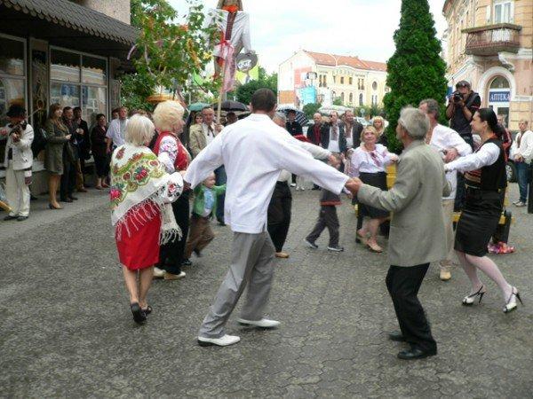 В Ужгороді вишиванками і звуками трембіти розпочалася «Купальська містерія» (ФОТО), фото-6