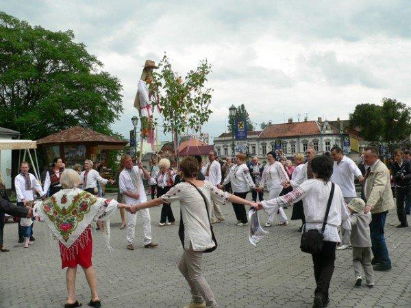 В Ужгороді вишиванками і звуками трембіти розпочалася «Купальська містерія» (ФОТО), фото-8