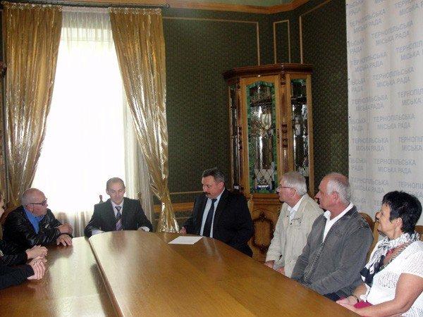 У Тернополі перебуває офіційна делегація з Франції, фото-1