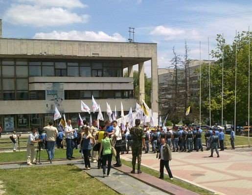 Милиция заблокировала центр Симферополя (фото), фото-4