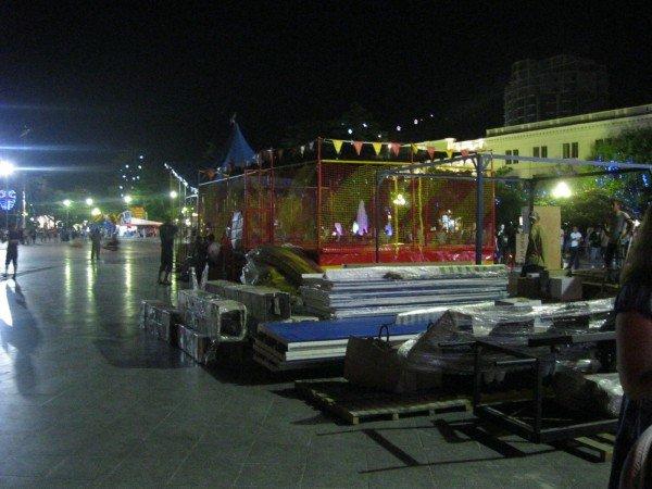 На набережной Ялты по ночам незаконно работают аттракционы (ФОТО), фото-4