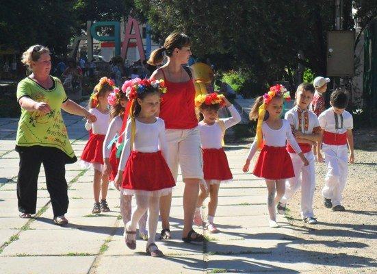 В Детском парке отпраздновали День семьи, любви и верности (фото), фото-2