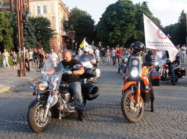 Тернопіль вітав учасників мотопробігу «БайКрай», фото-2