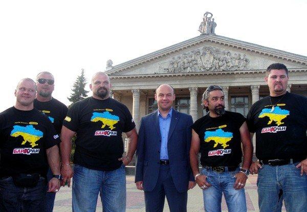 Тернопіль вітав учасників мотопробігу «БайКрай», фото-3